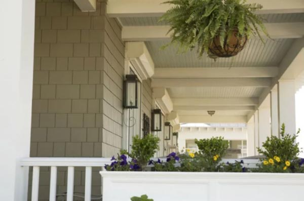 How to Choose Colors for Your Home's Exterior